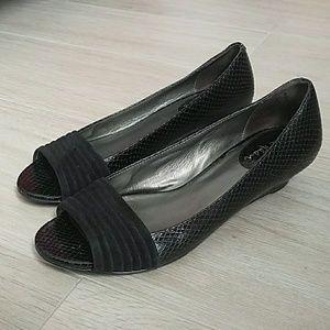 Cole Haan - black low heel women's shoes